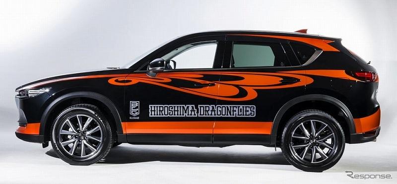 バスケットボールチーム「広島ドラゴンフライズ」のラッピングカー